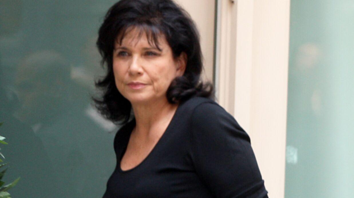 Anne Sinclair «dénie à quiconque le droit de juger» son couple