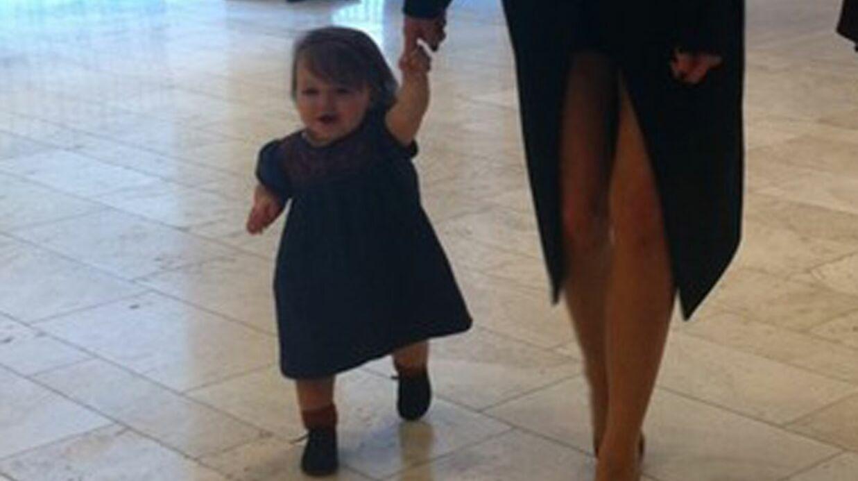 PHOTO Les premier pas d'Harper, la fille de David et Victoria Beckham