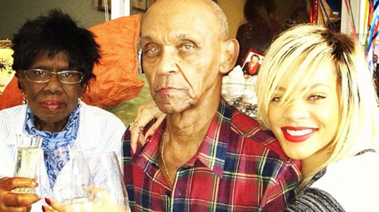 DIAPO Rihanna chouchoute ses grands-parents
