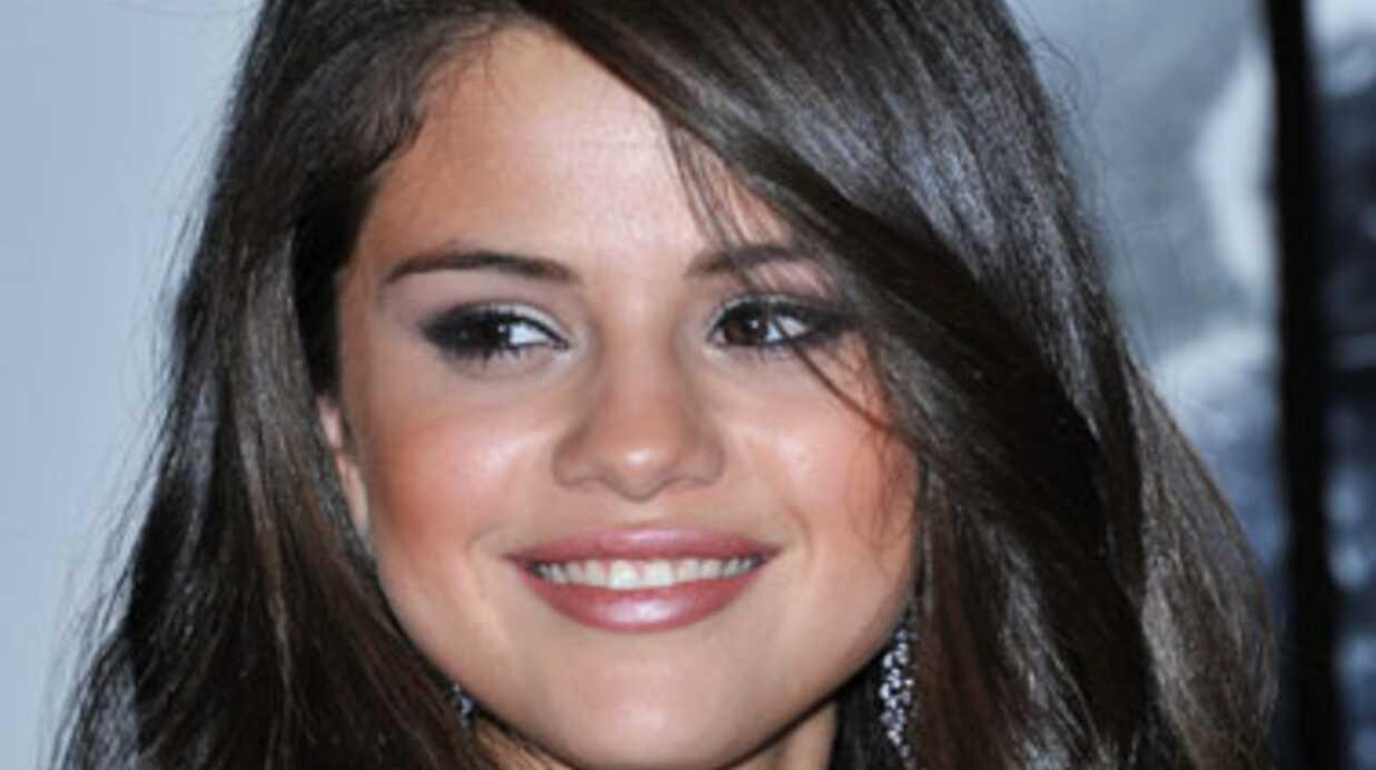 Selena Gomez menacée de mort par un (gros) dingo