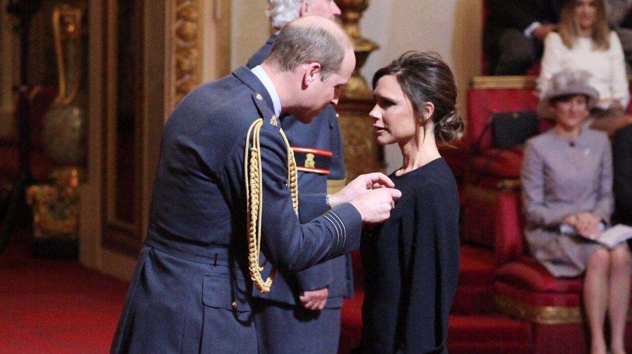 PHOTOS Victoria Beckham décorée par le prince William pour son implication dans la mode