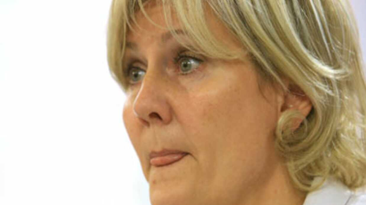 Guy Bedos accuse Nadine Morano d'avoir voulu pertur­ber son spec­tacle