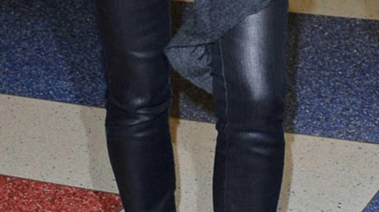 William Carnimolla vous répond: avec quoi porter un legging en cuir noir?