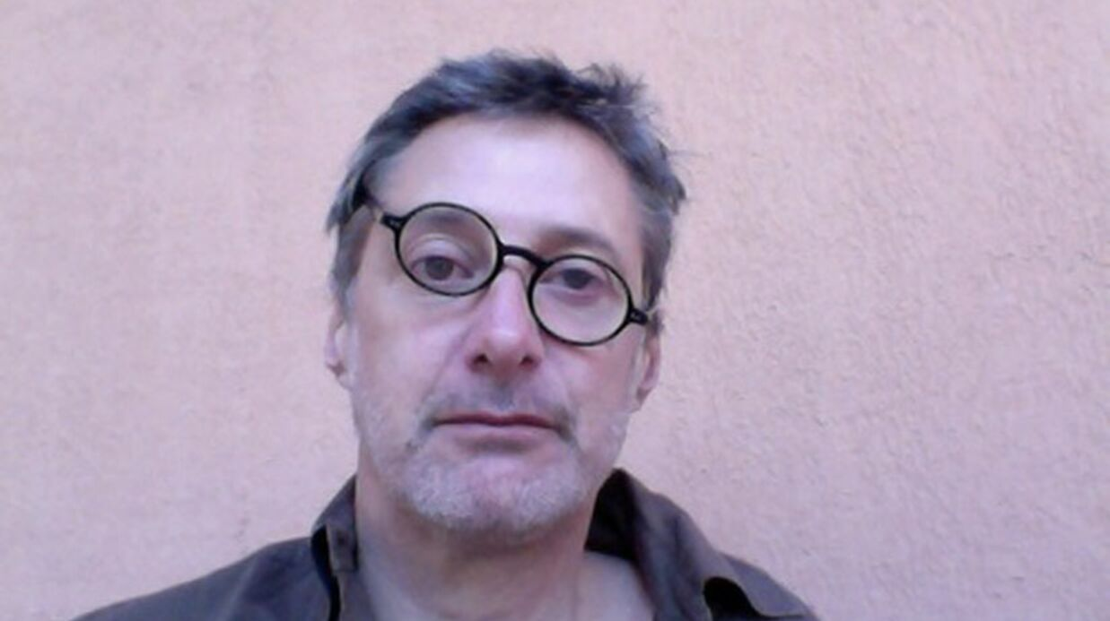 Antoine de Caunes: enfin un humoriste drôle sur Twitter!