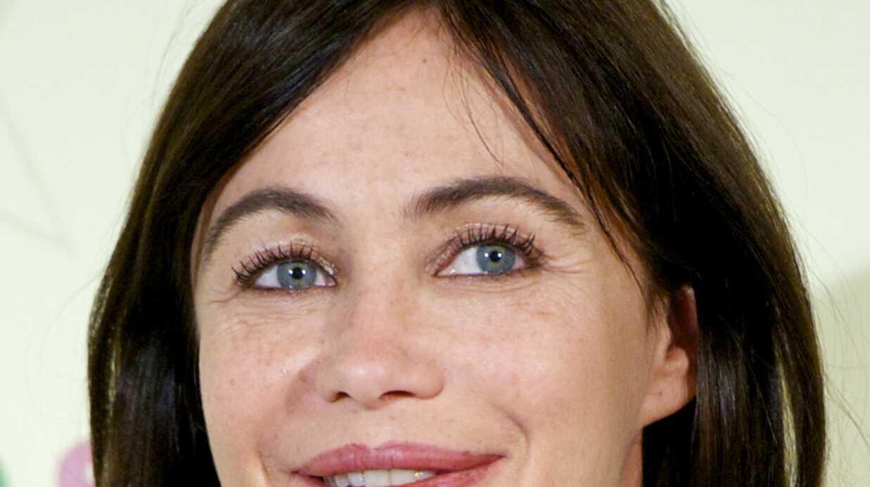 Emmanuelle Béart en colère à cause des réflexions sur la chirurgie esthétique