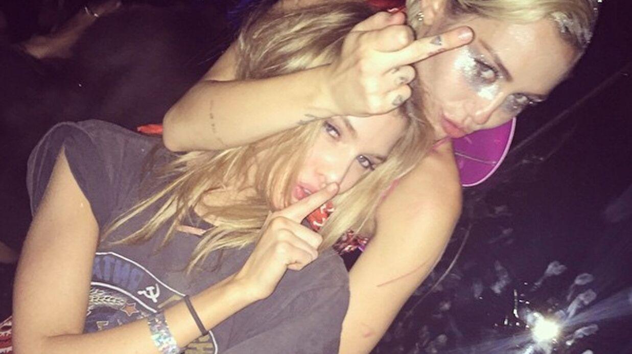 Miley Cyrus en couple avec Stella Maxwell, un top de Victoria's Secret