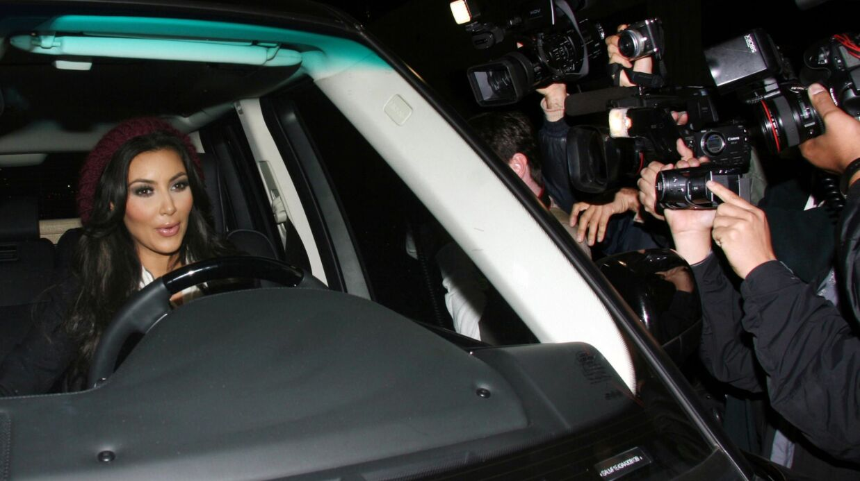 PHOTO Suite à son agression, Kim Kardashian remercie la police et les paparazzis français