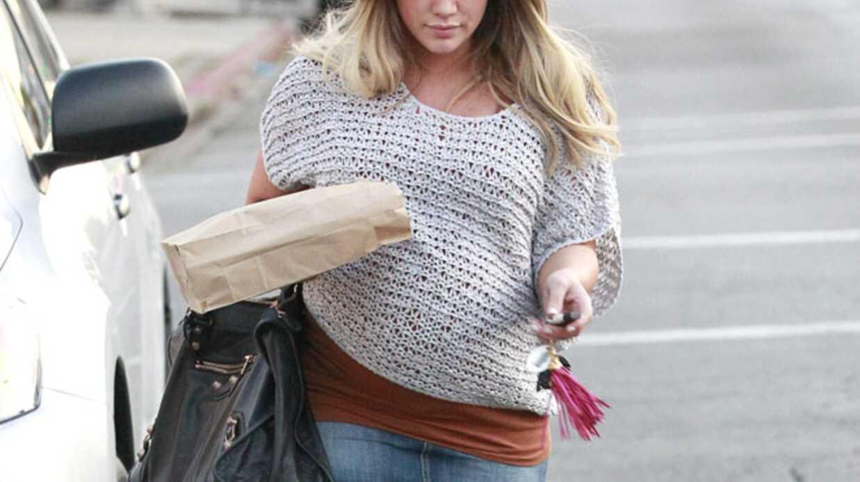 Hilary Duff garde un bout de nombril de son fils