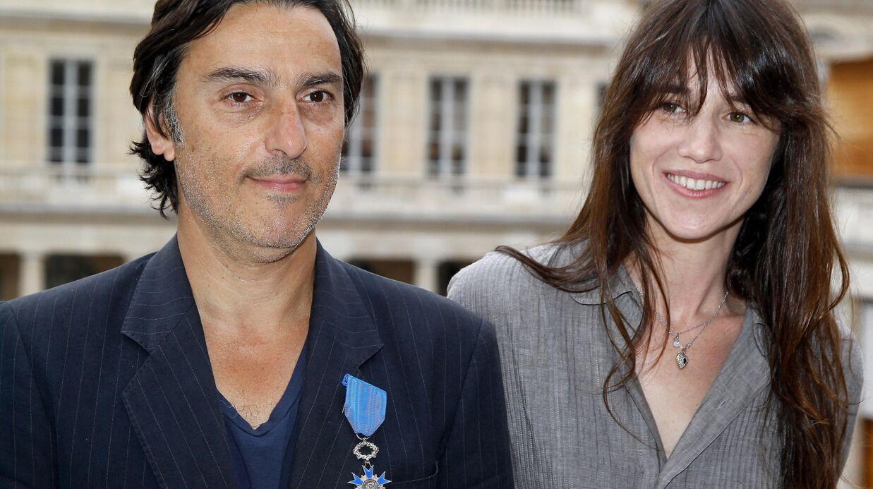 VIDEO Yvan Attal raconte le sacrifice qu'il a fait par amour pour Charlotte Gainsbourg