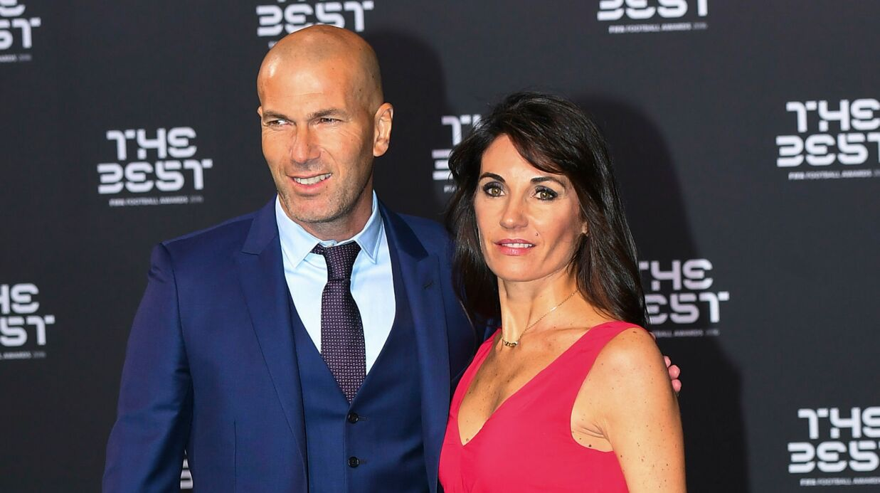 PHOTO Zinédine Zidane pose avec sa femme et ses enfants pour un beau cliché de famille