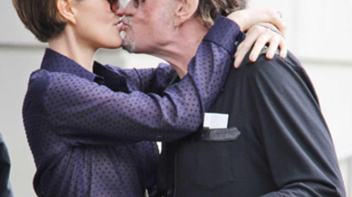 Adeline Blondieau toujours mariée à Johnny, elle confirme