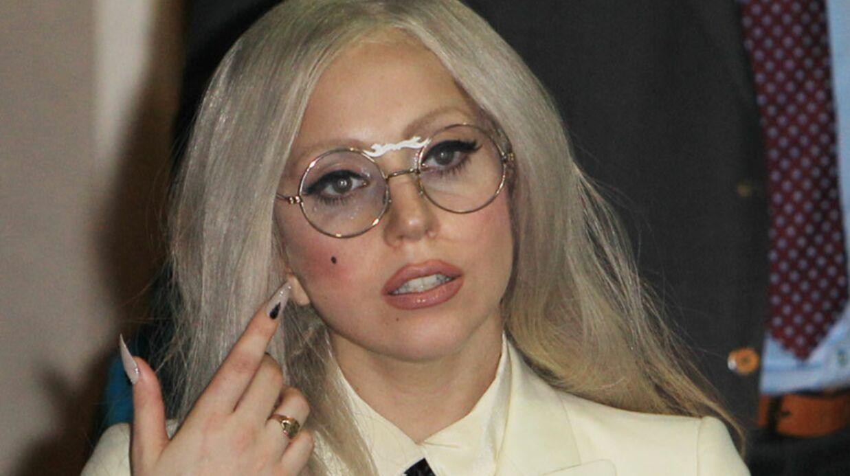 Lady Gaga se glisse en douce chez Amy Winehouse