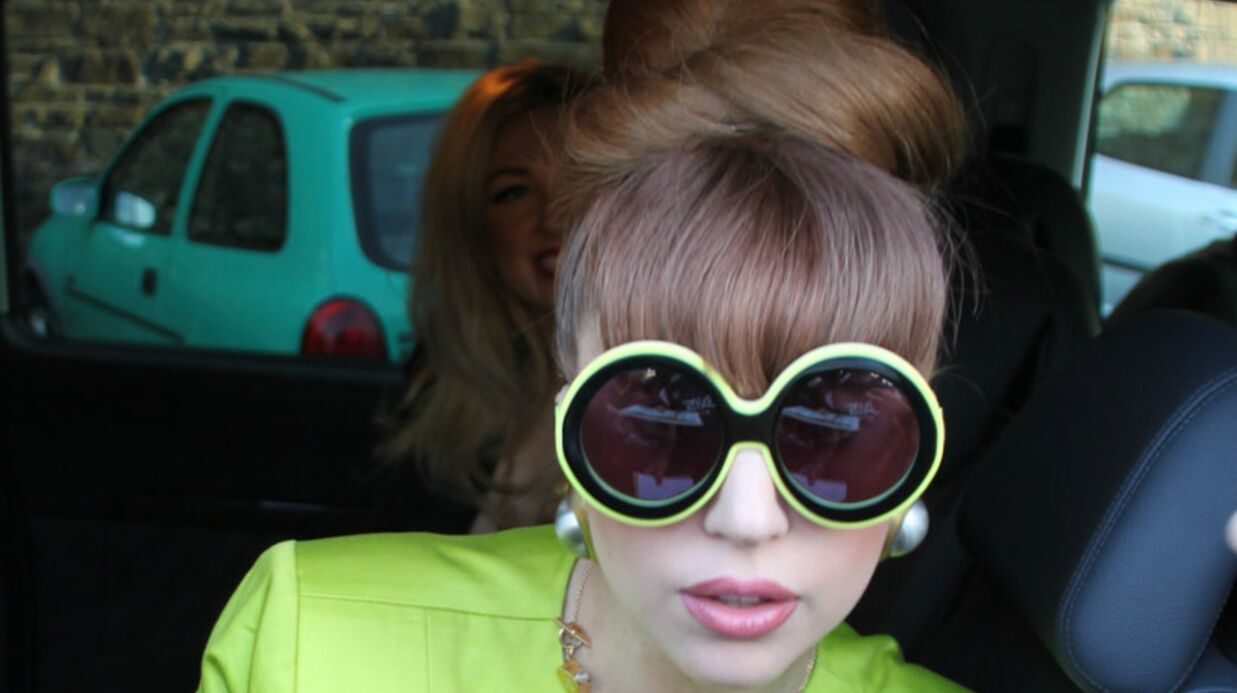 Lady Gaga a pris onze kilos à cause de son père