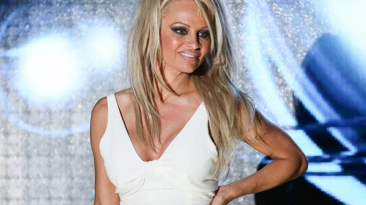 En colère, Pamela Anderson refuse de participer au Ice Bucket Challenge