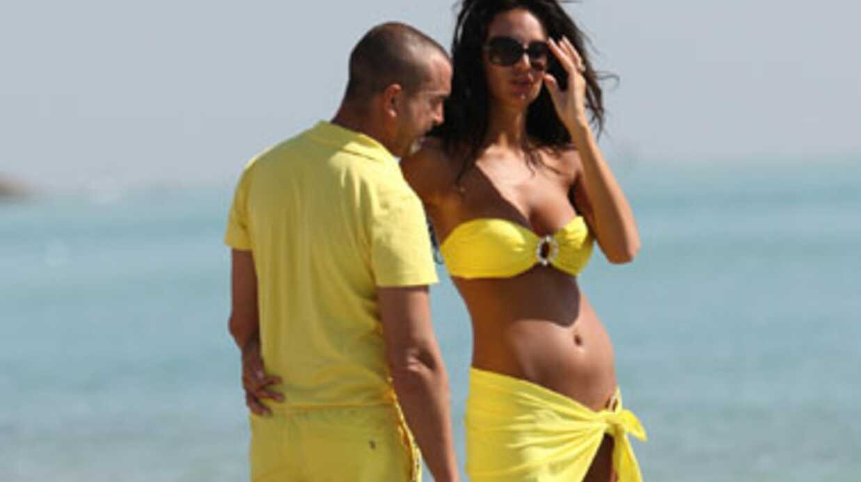 Jade Foret égérie d'une marque de vêtements de grossesse