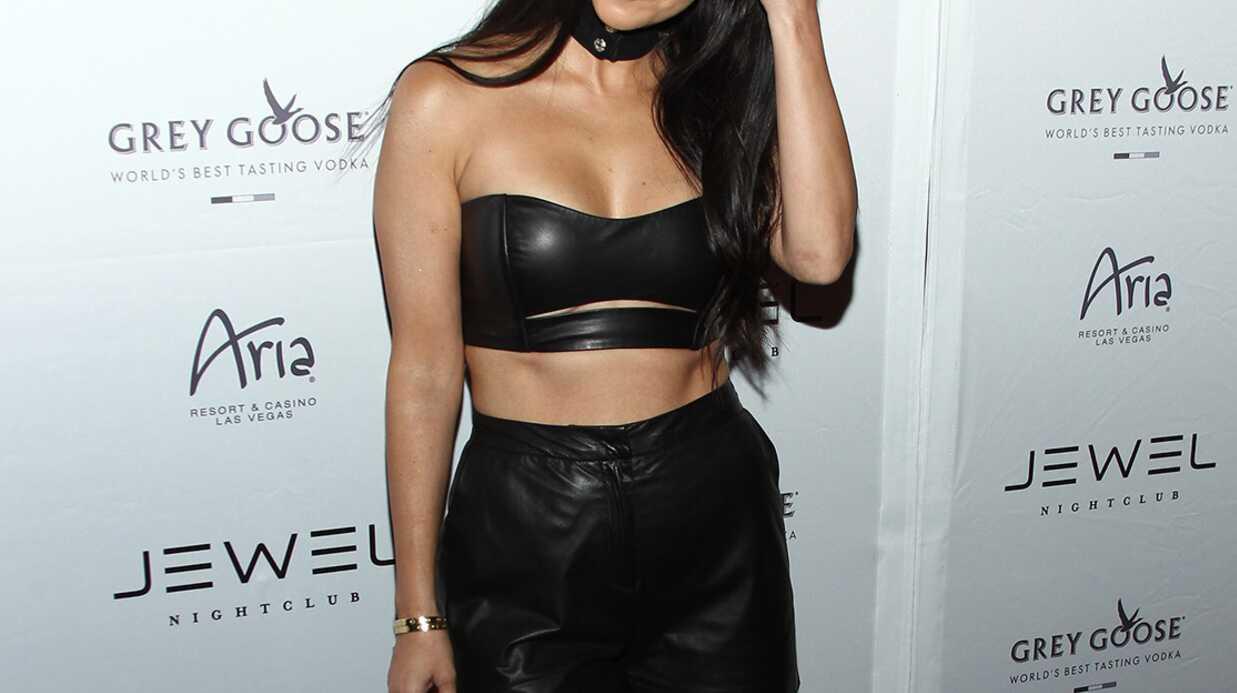 PHOTOS Kourtney Kardashian: son look très sexy pour l'ouverture d'une boîte de nuit