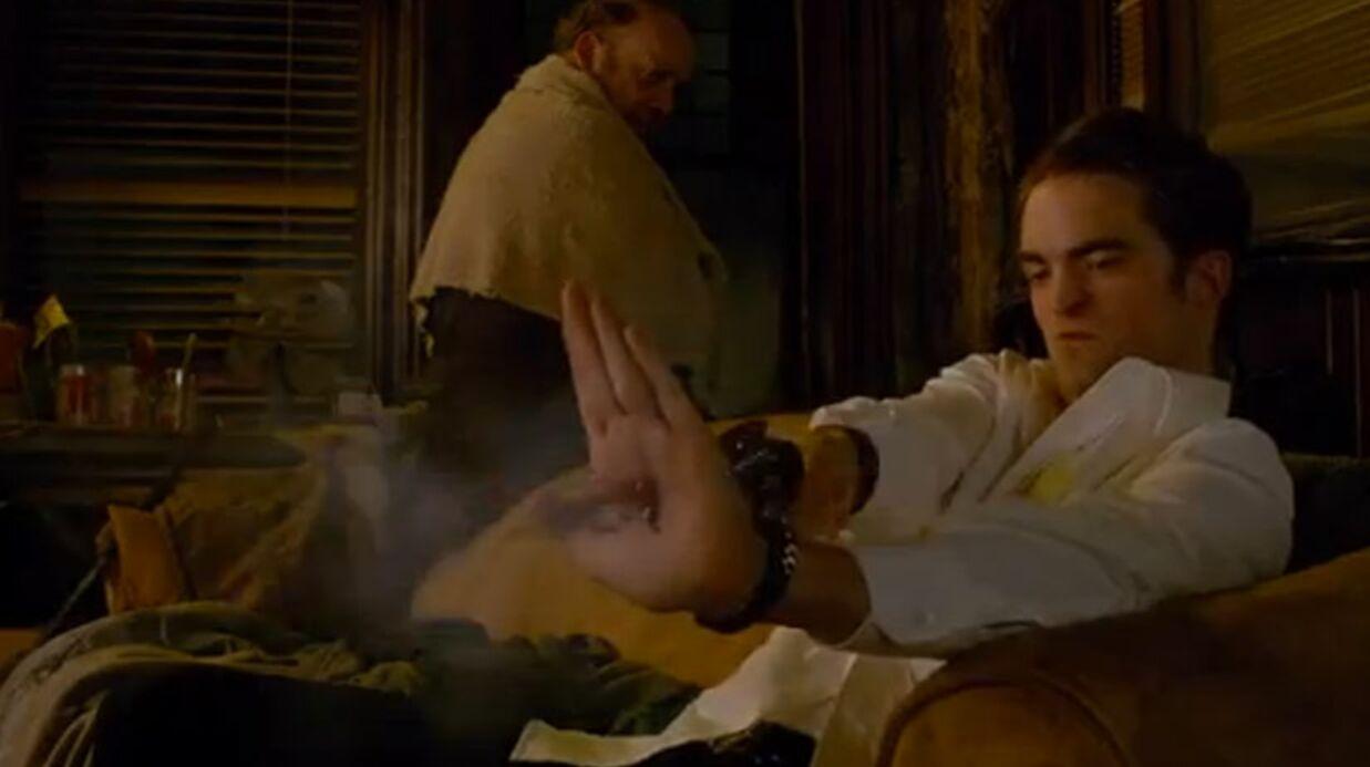 VIDEO Robert Pattinson sexy et inquiétant dans son nouveau film