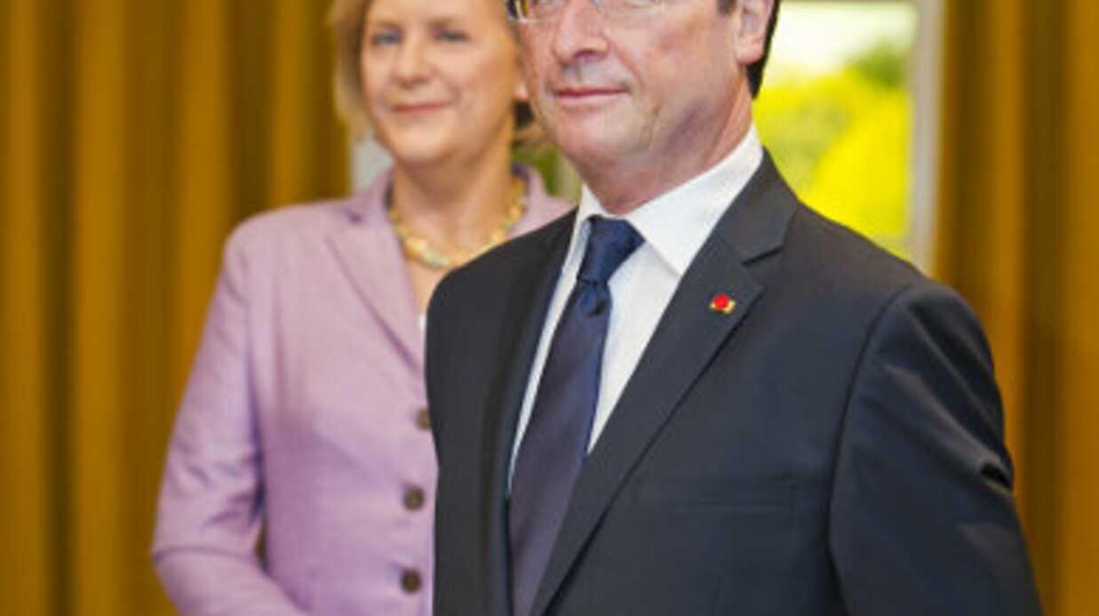 PHOTOS La statue de cire de François Hollande arrive au musée Tussauds