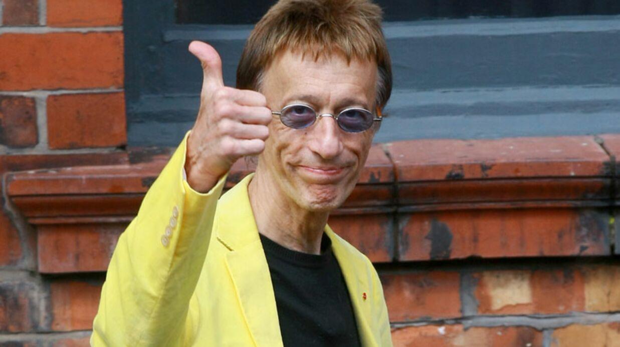 Robin Gibb des Bee Gees est sorti du coma