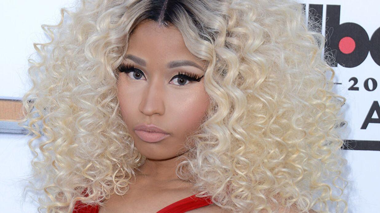 Nicki Minaj pose topless pour la gloire