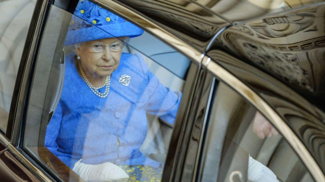 La reine n'a pas attaché sa ceinture en voiture, un de ses sujets la dénonce à la police