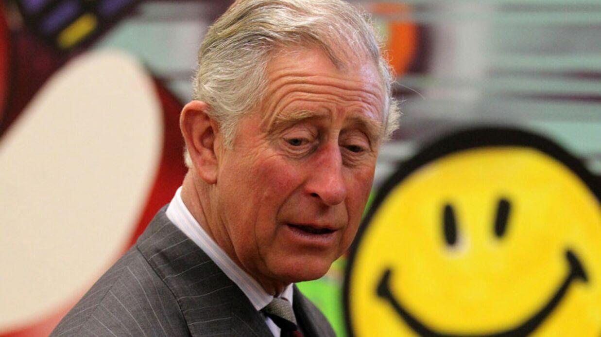 VIDEO Le prince Charles s'improvise DJ