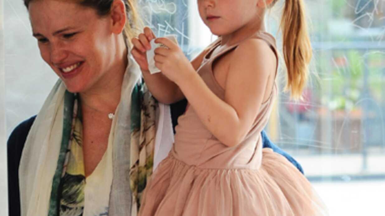 PHOTOS Jennifer Garner assume ses kilos post-grossesse