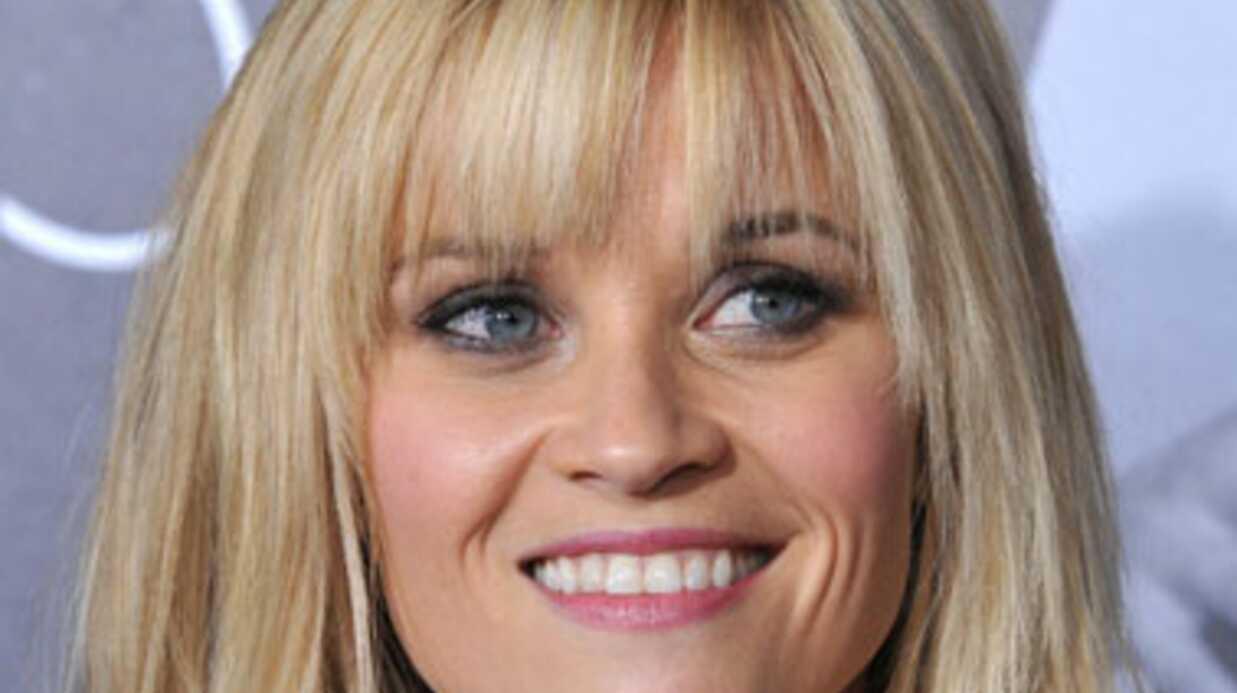 Reese Whiterspoon a préparé ses enfants à l'arrivée d'un bébé