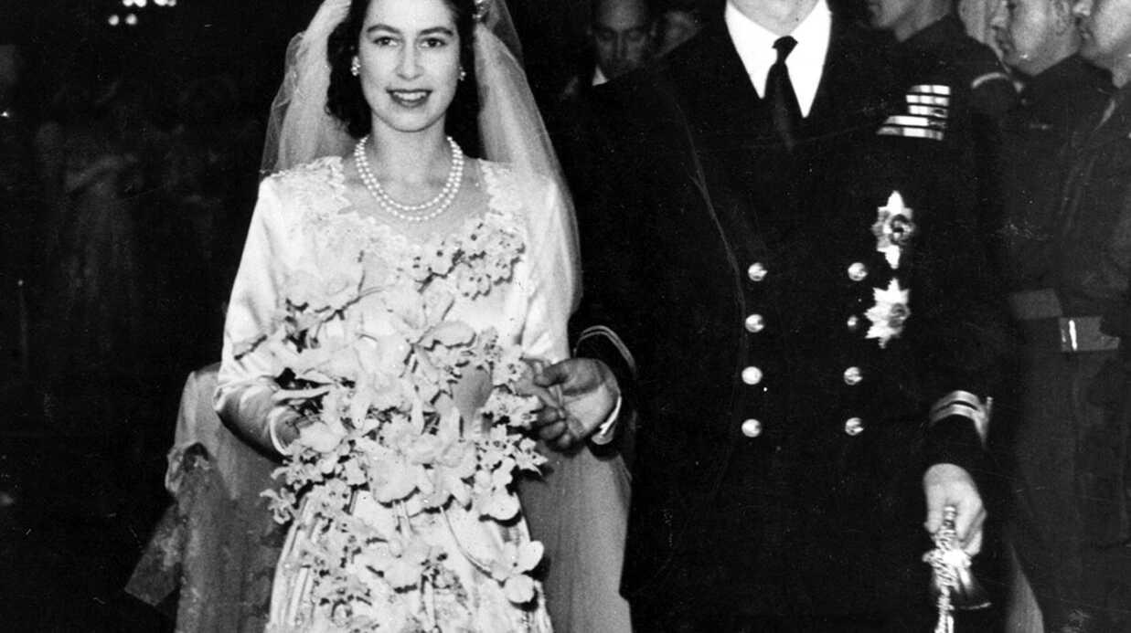 Elizabeth II dévoile la touchante lettre que son père, le roi George VI, lui a écrite après son mariage