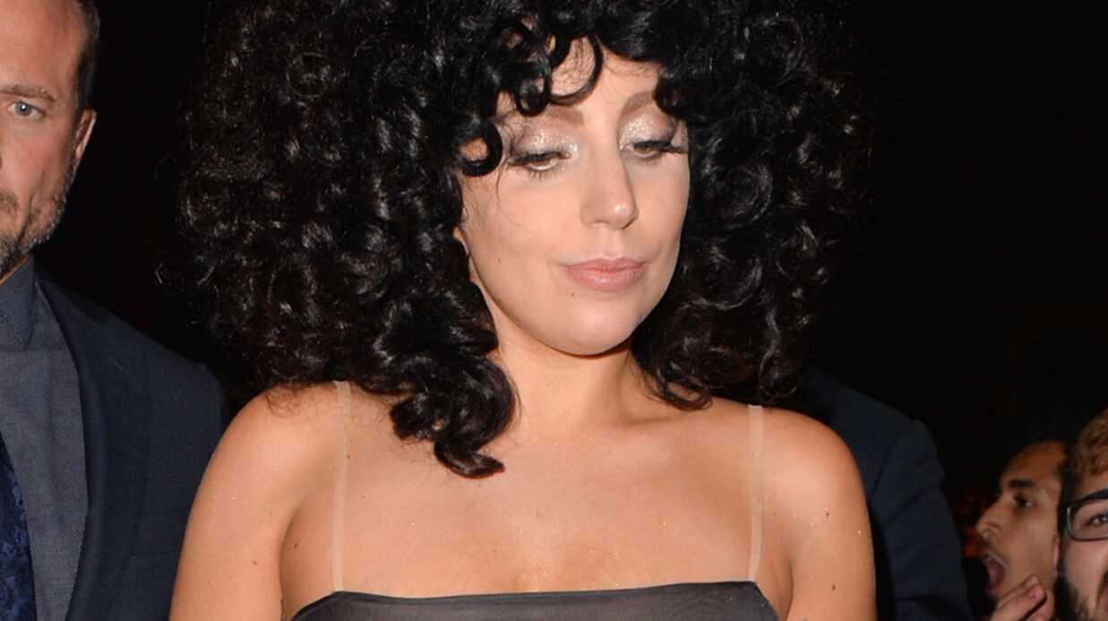 PHOTOS Lady Gaga se promène topless dans une robe transparente en Belgique