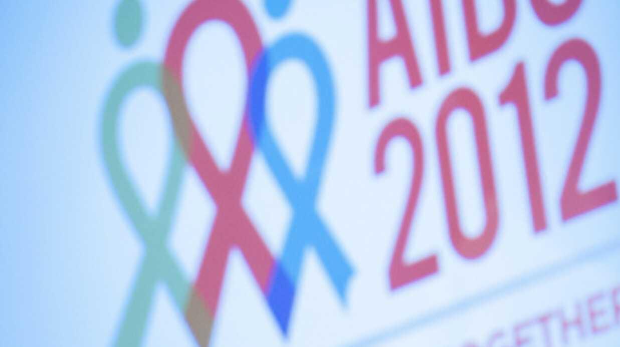 VIDEO Le discours d'Elton John à la conférence internationale sur le sida
