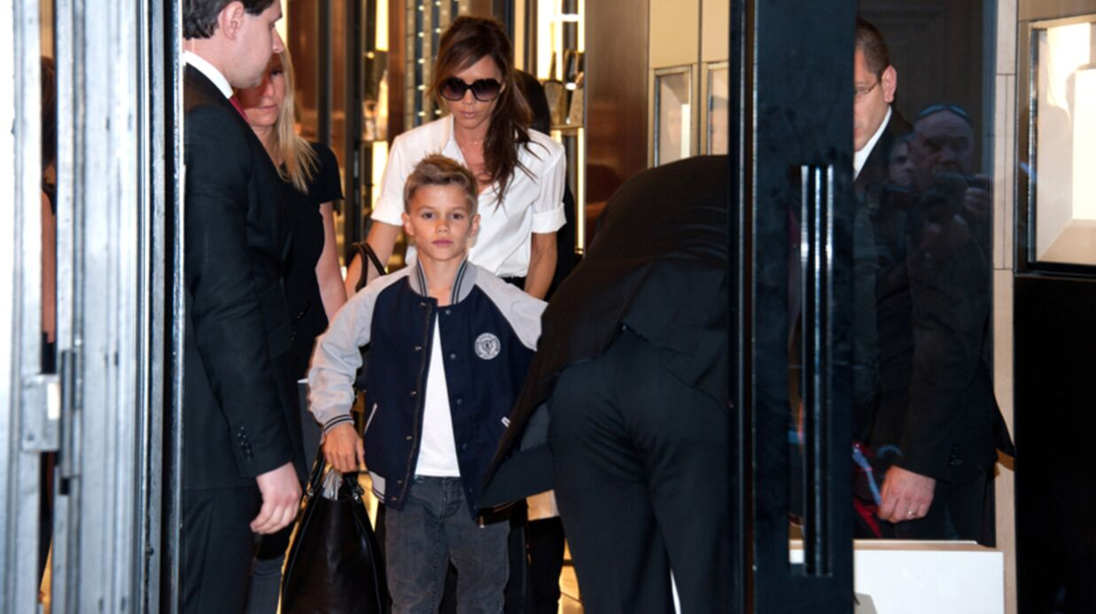 PHOTOS Victo­ria Beck­ham à Paris avec son fils Romeo