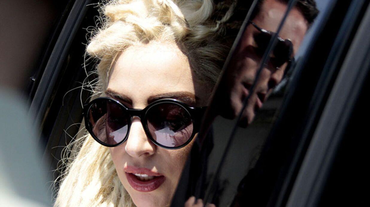 Lady Gaga: 35 fans cachés dans son garage