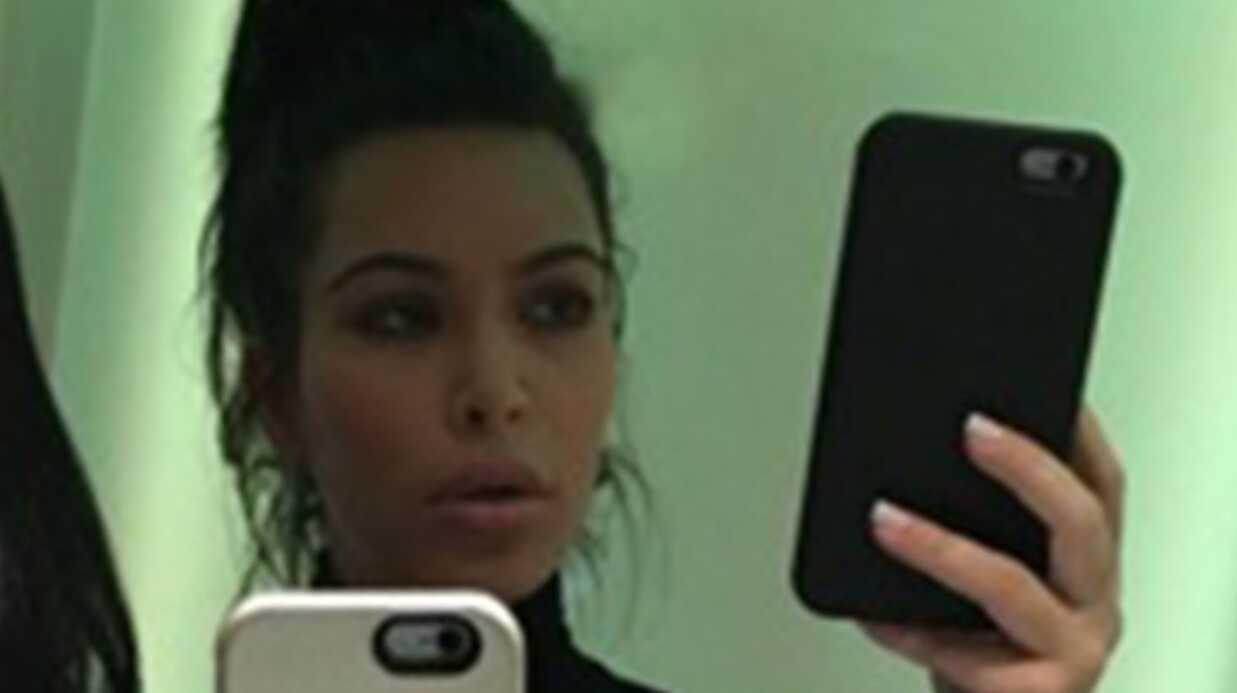 Kim Kardashian complètement méconnaissable sur sa première photo après bébé