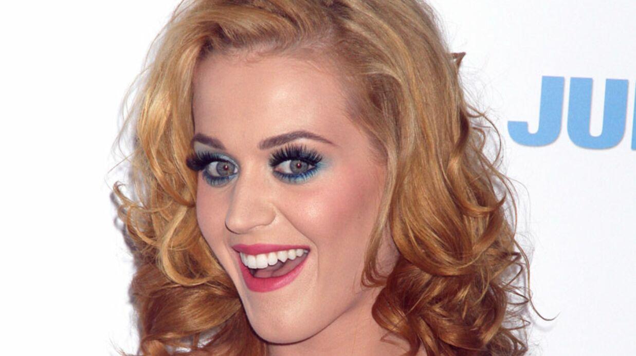 LOOK Katy Perry est devenue blonde