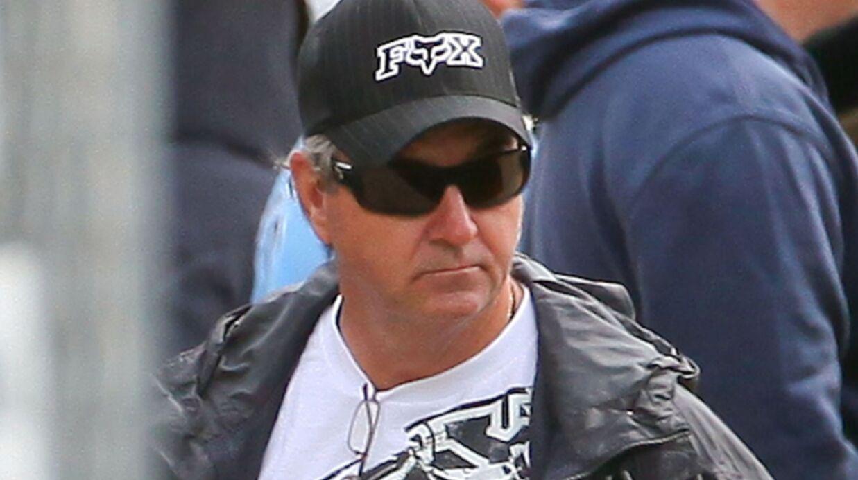 L'ex-manager de Britney Spears dit s'être fait frapper par le père de la star