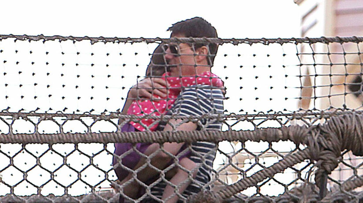 PHOTOS Tom Cruise passe une journée avec Suri à Disneyland