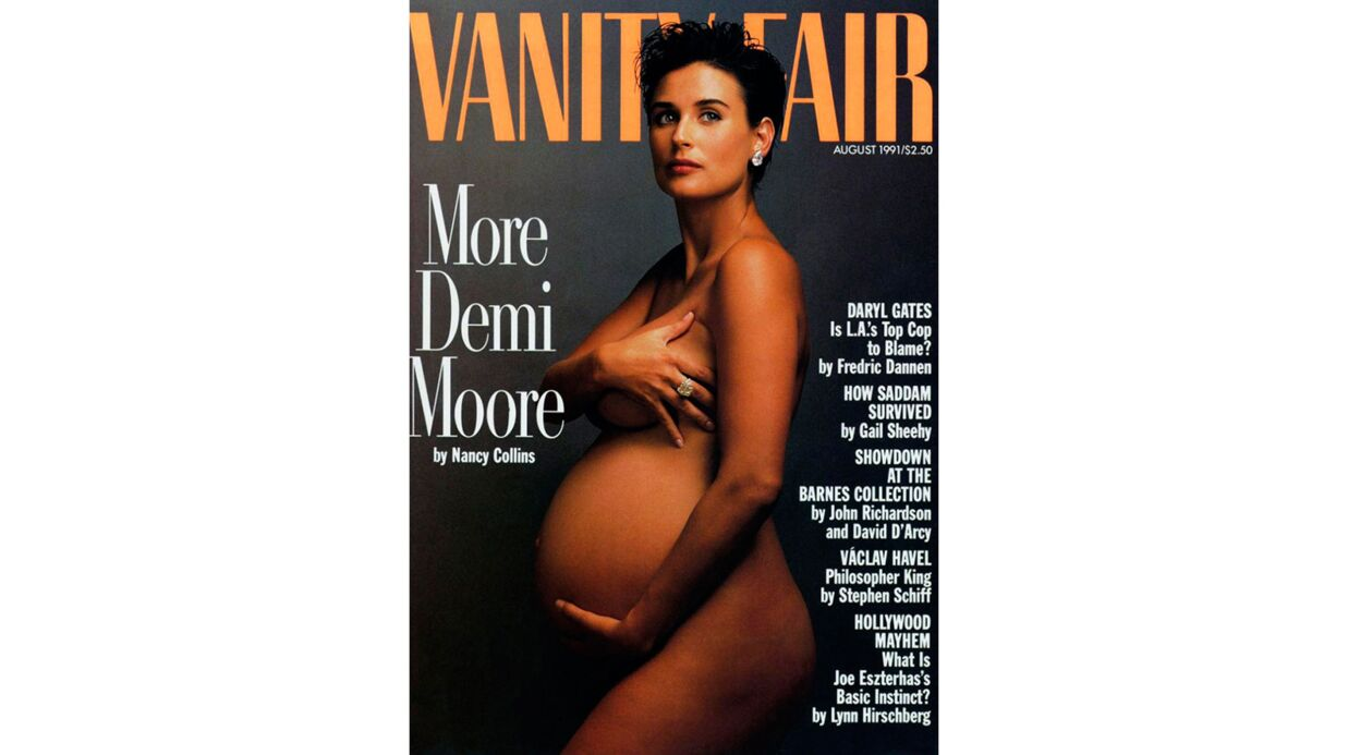 PHOTO Nata­lie Port­man : enceinte, elle recrée un cliché iconique de Demi Moore