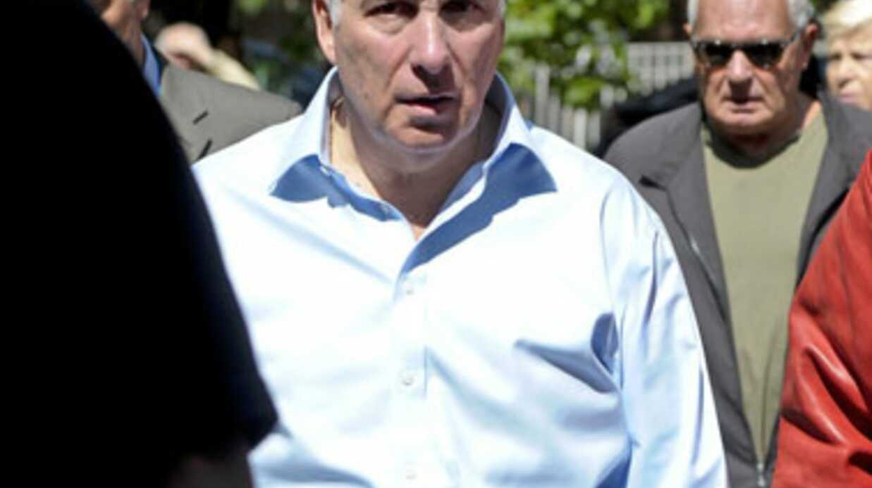 Amy Winehouse: funérailles aujourd'hui mais les questions demeurent