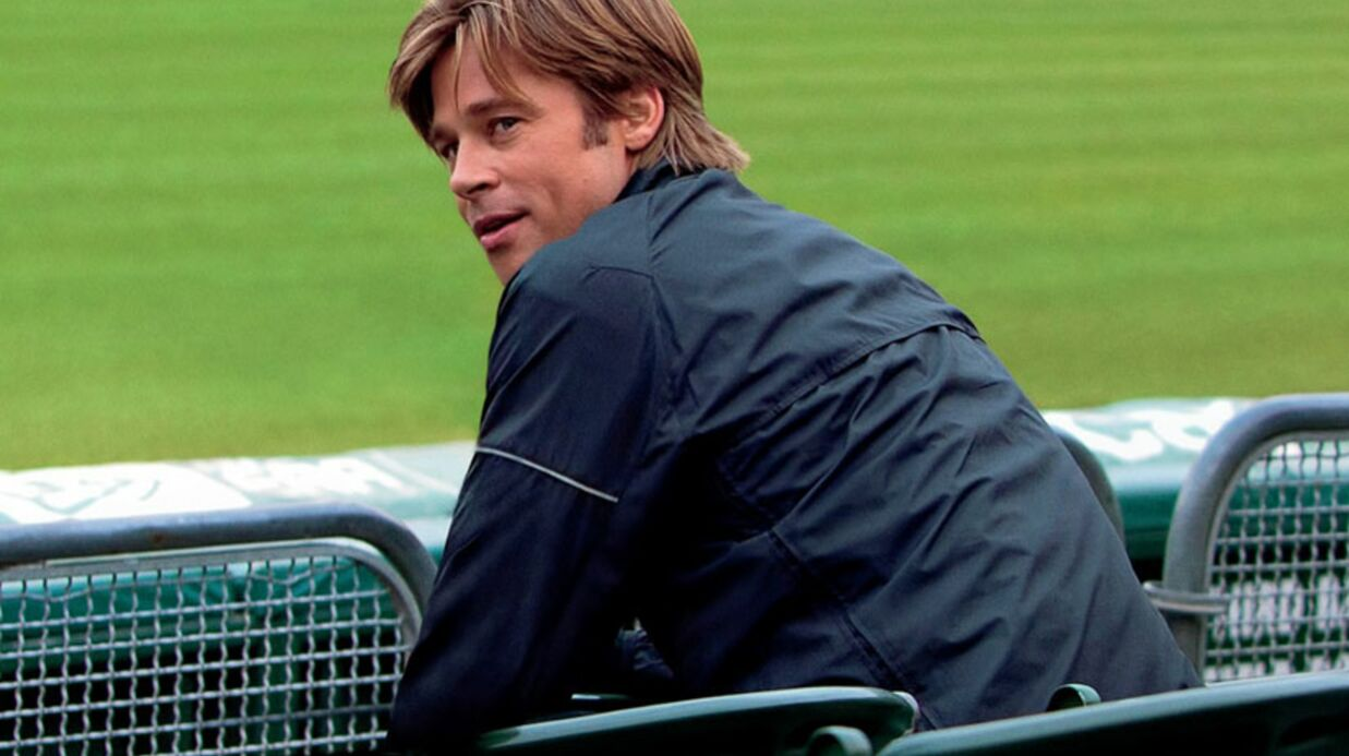 Brad Pitt mis à terre par un lionceau