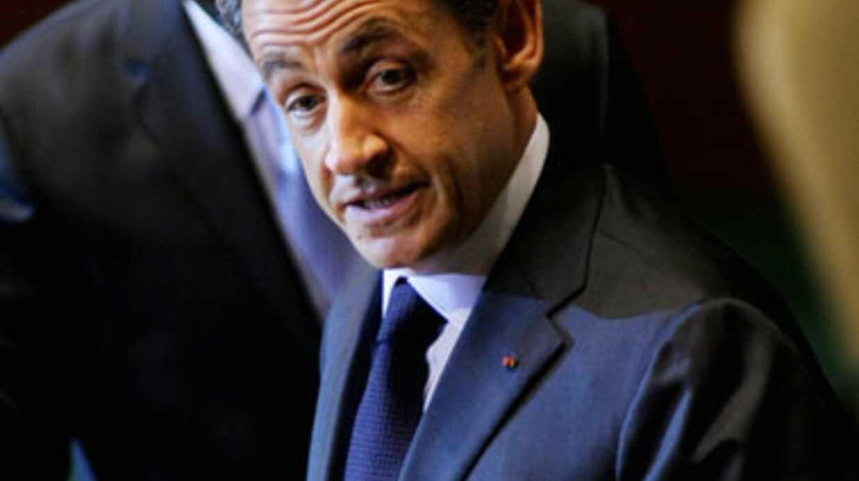 Pal Sarkozy n'est plus sûr que Carla Bruni accouche le 3 octobre