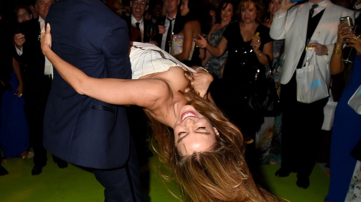 PHOTO Sofia Vergara se retrouve un sein à l'air lors de la soirée des Emmys