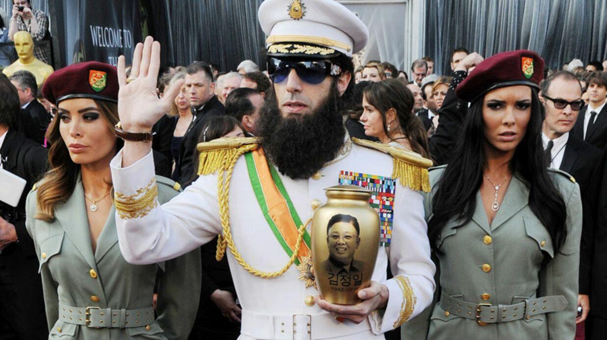 VIDEO Sacha Baron Cohen amène Kim Jong-il aux Oscars 2012