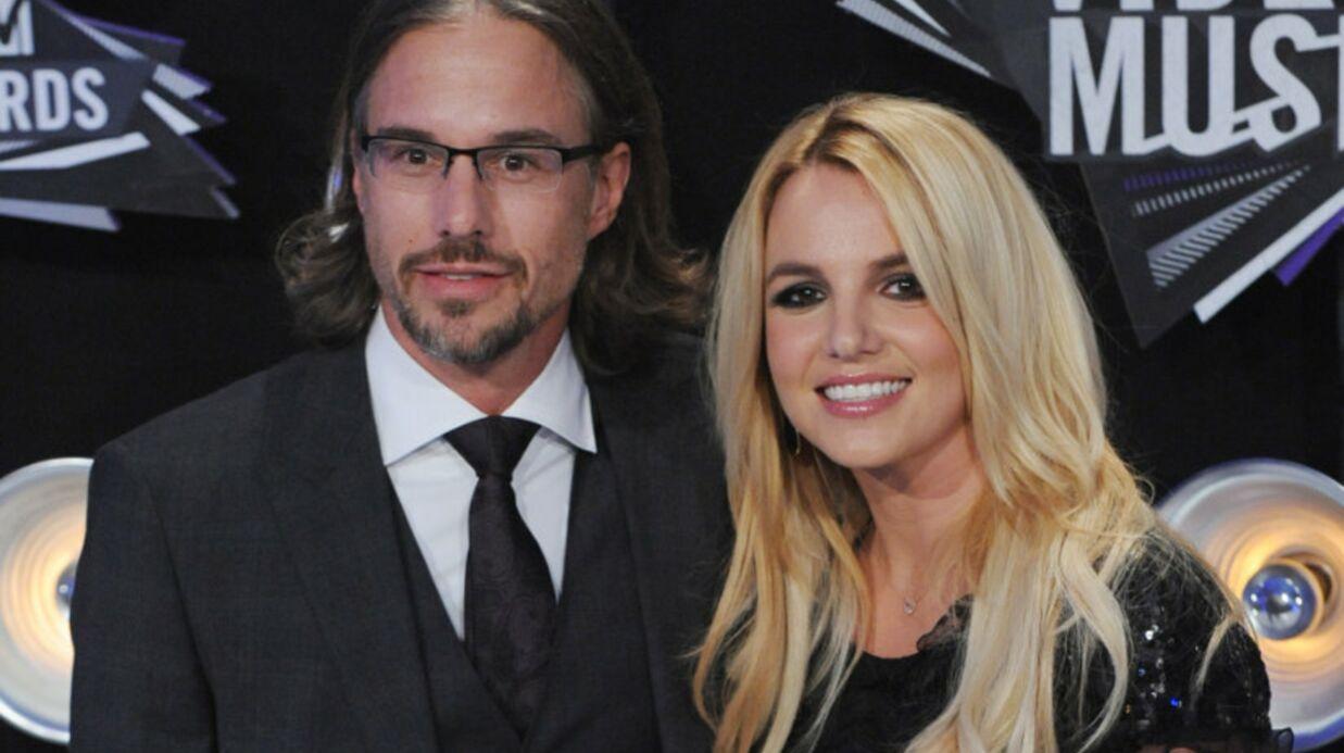 VIDEO Jason Trawick se filme au lit pour Britney Spears