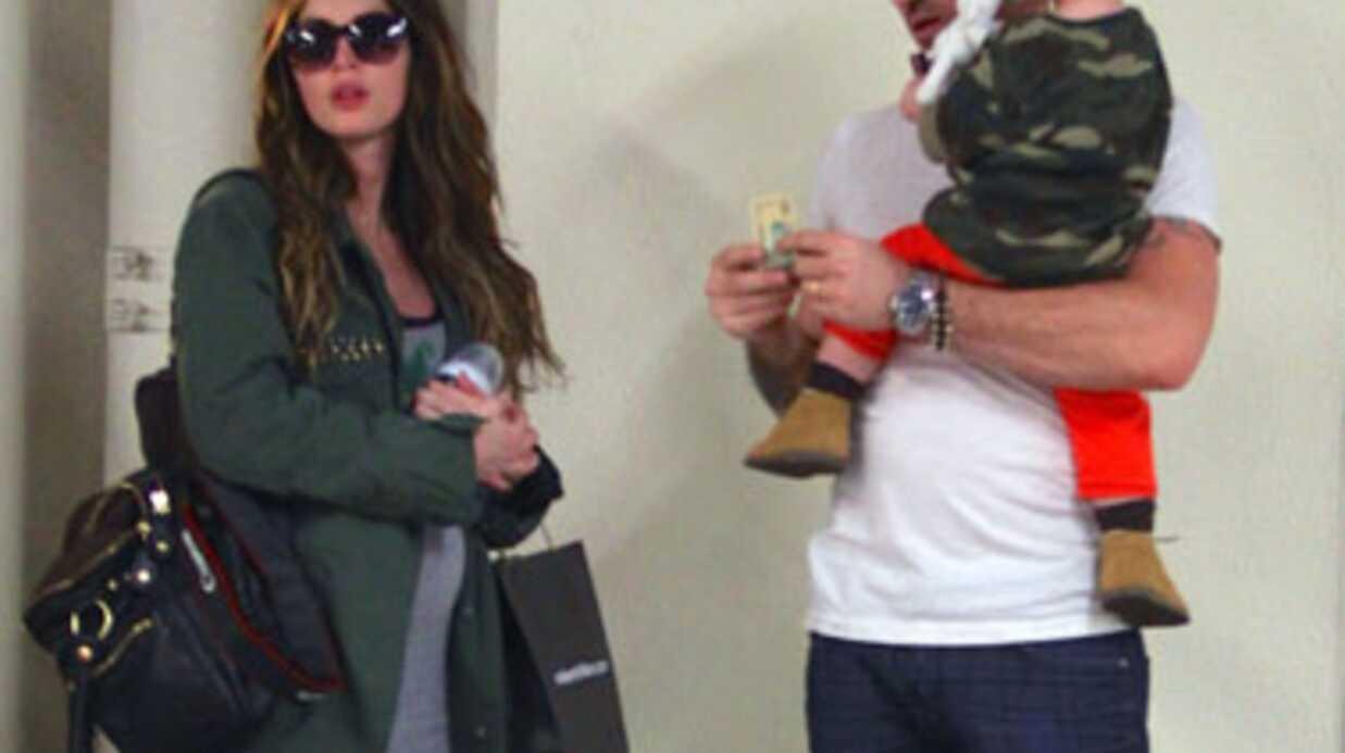 PHOTOS Megan Fox dévoile ses formes de future maman