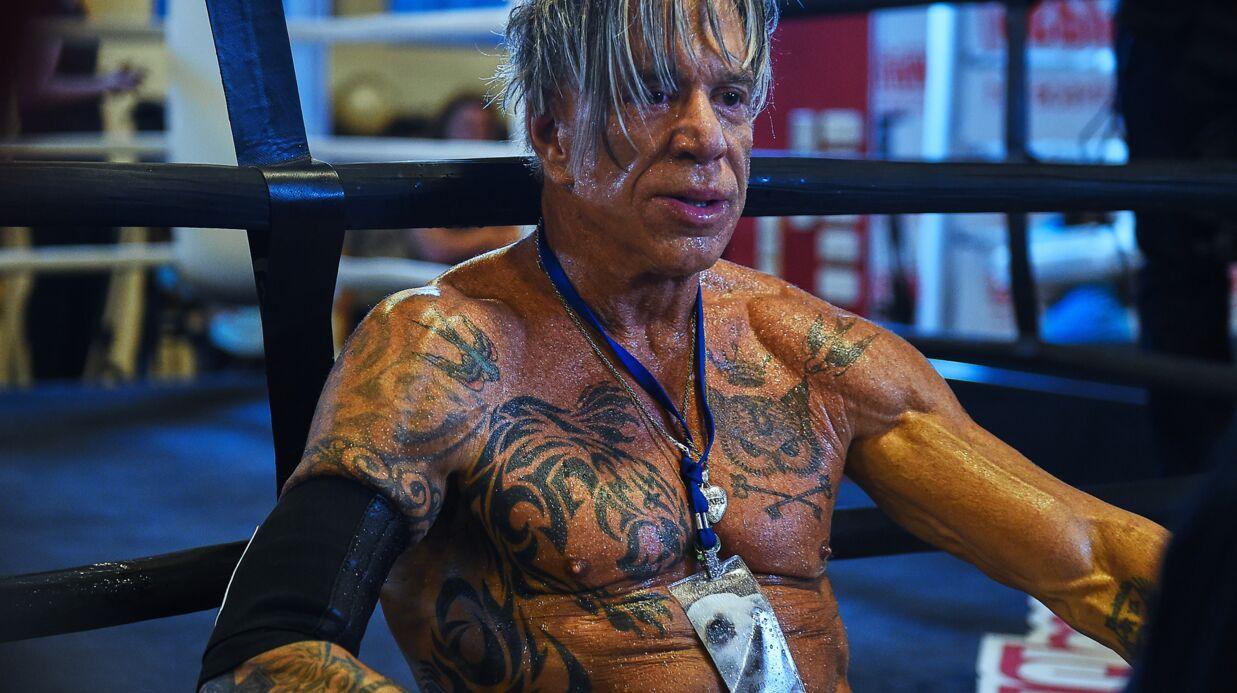 PHOTOS Mickey Rourke, 62 ans, dévoile un corps impressionnant avant son combat de boxe