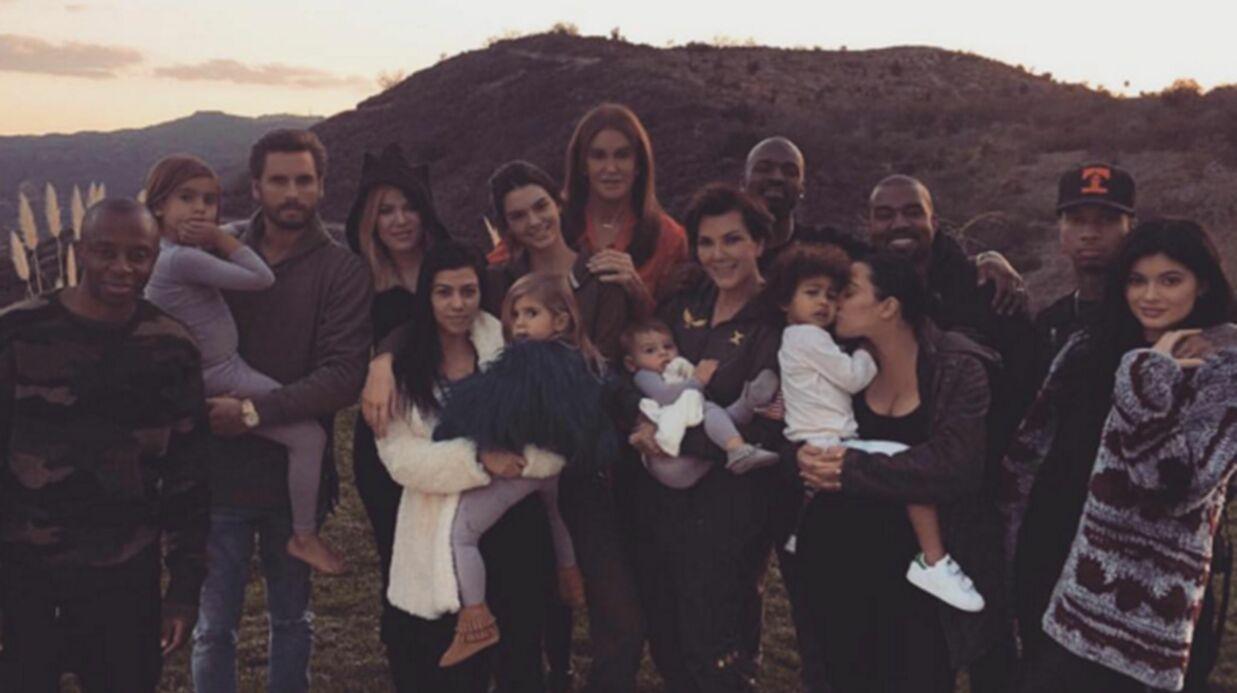 PHOTOS Le clan Kardashian-Jenner plus uni que jamais pour Thanskgiving
