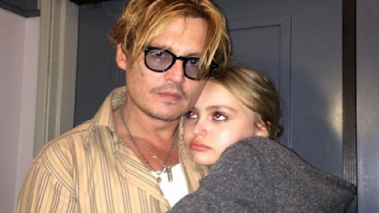 Johnny Deppest toujours très marqué par l'hospitalisation de sa fille Lily-Rose en 2007