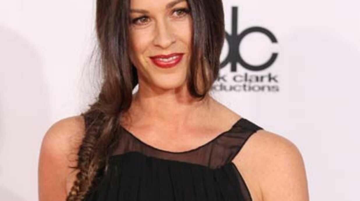 Alanis Morissette accusée de maltraitance par l'ex-nounou de son fils