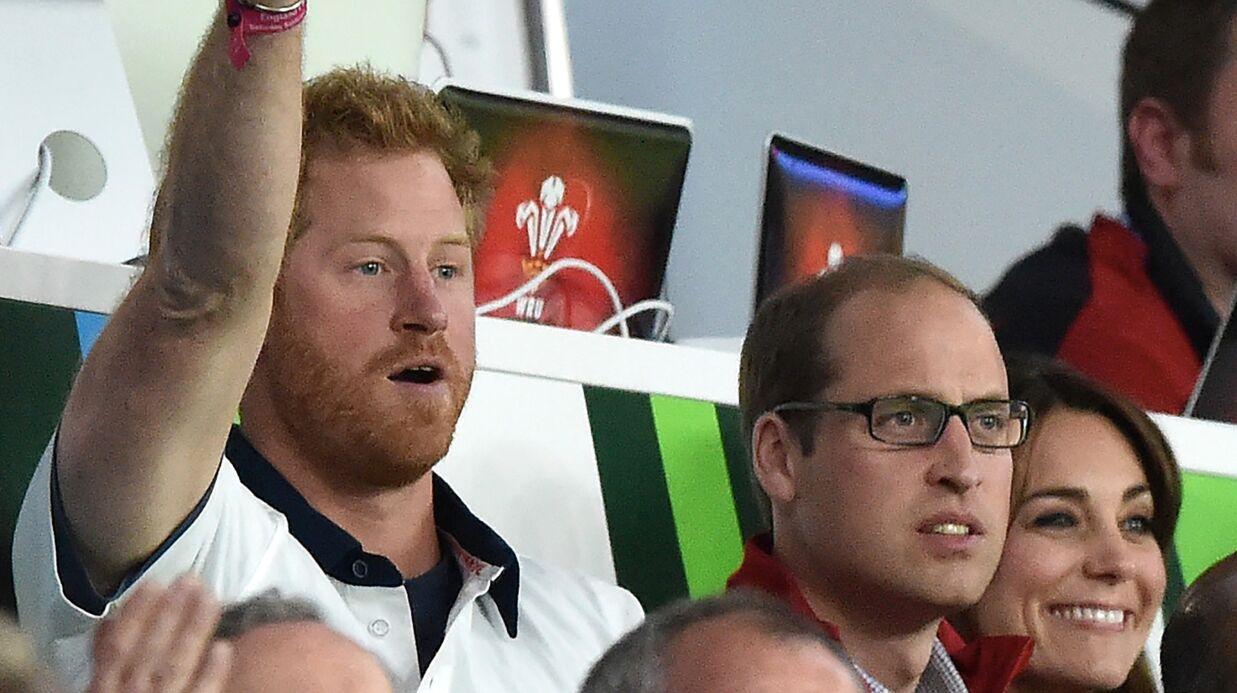 PHOTOS William, Kate et Harry s'éclatent pour Angleterre – Pays de Galles!